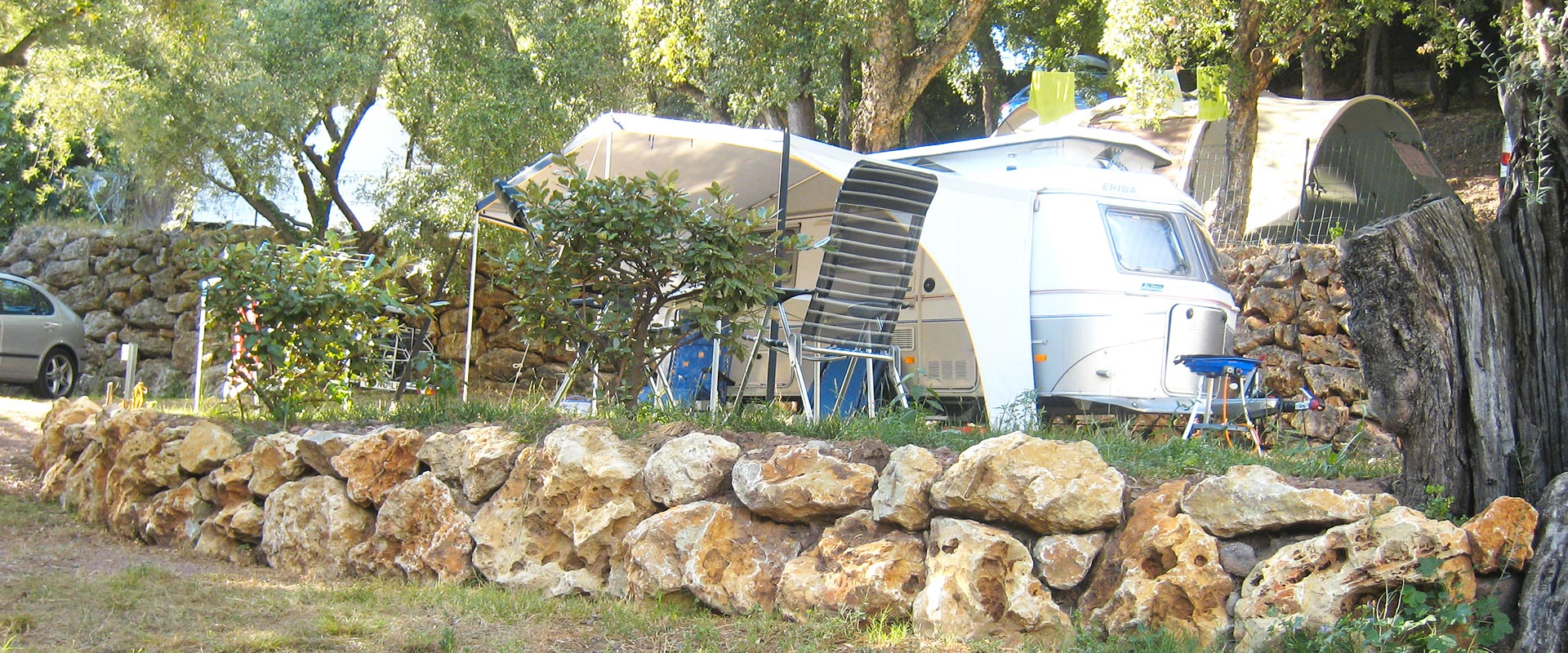 Caravan pitch - Camping les Philippons
