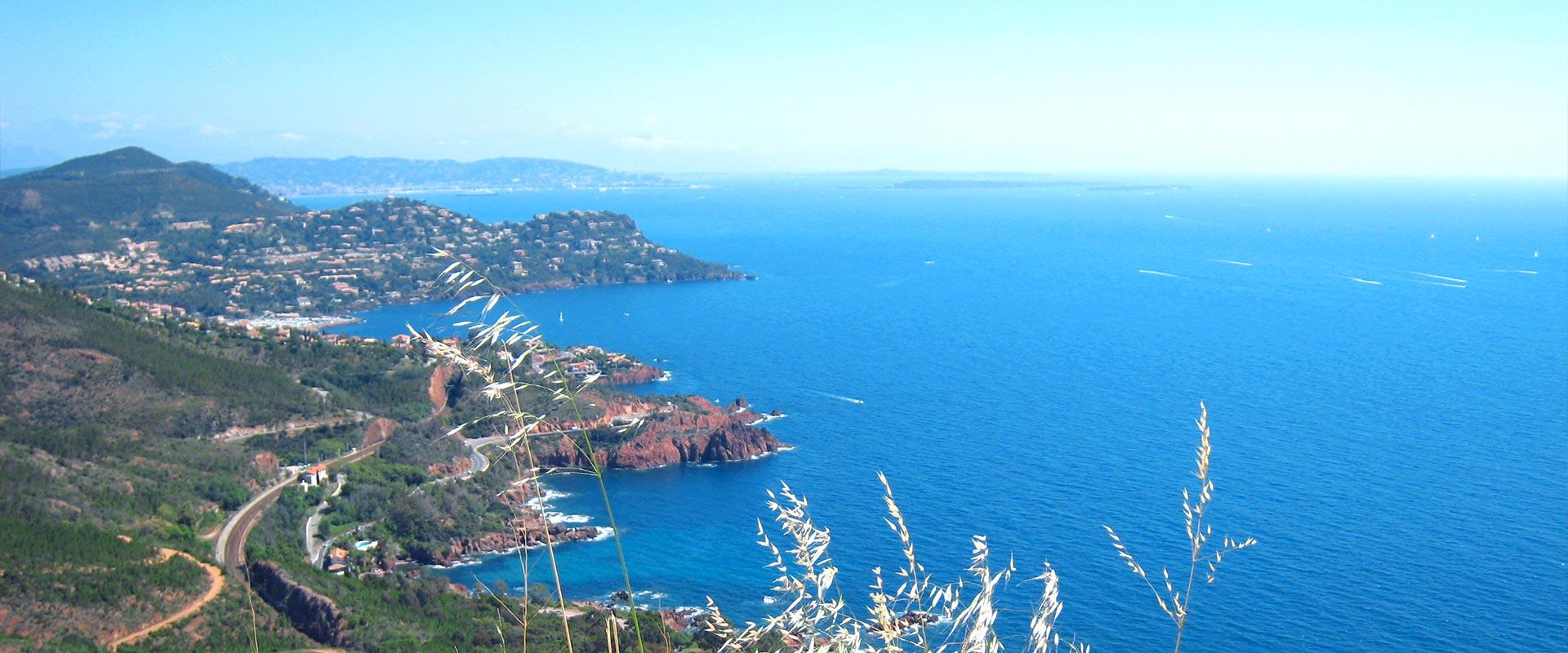 Uitzicht op de Middellandse Zee vanaf het Estérel-massief